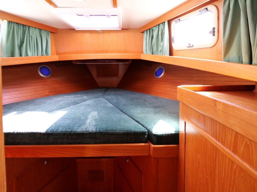 Fisher 34 MkIII - Forward Cabin