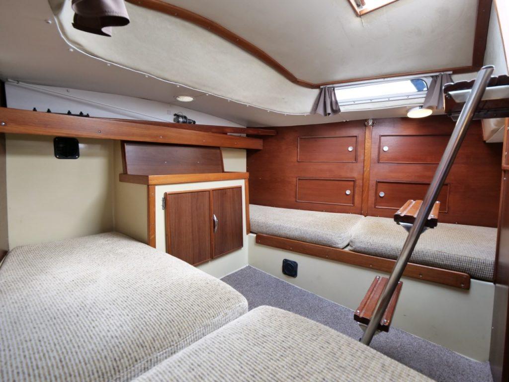 Moody 33 MkI Aft cabin