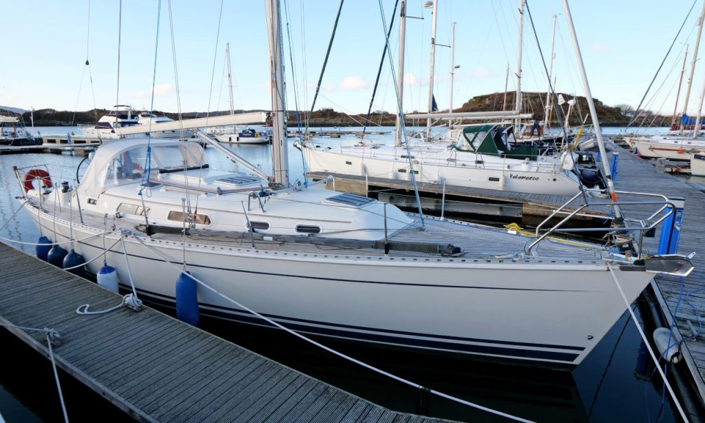 Hanse 371 for sale