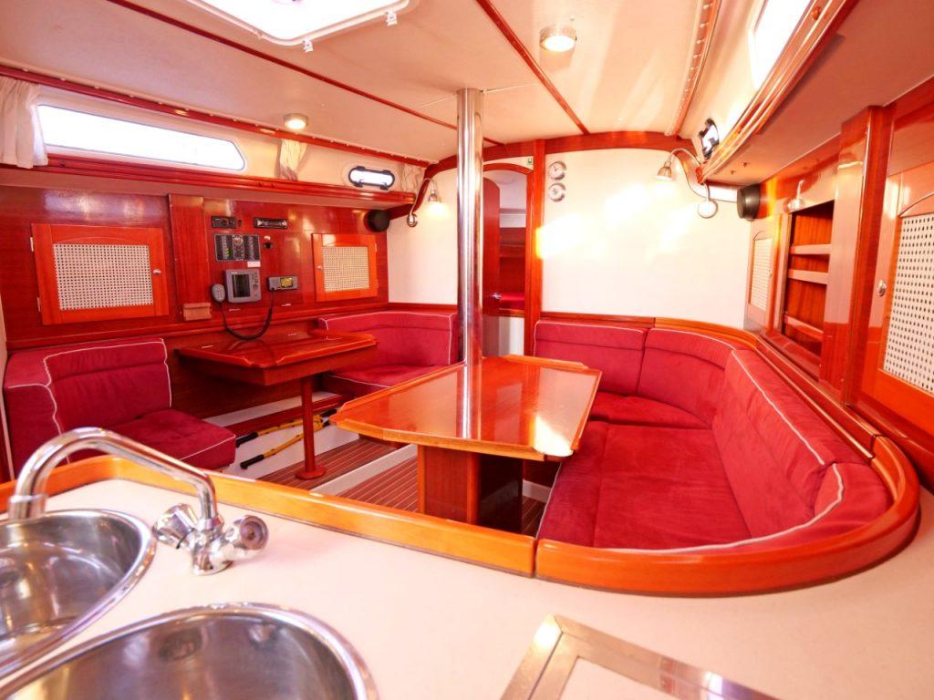 Hanse 371 Saloon