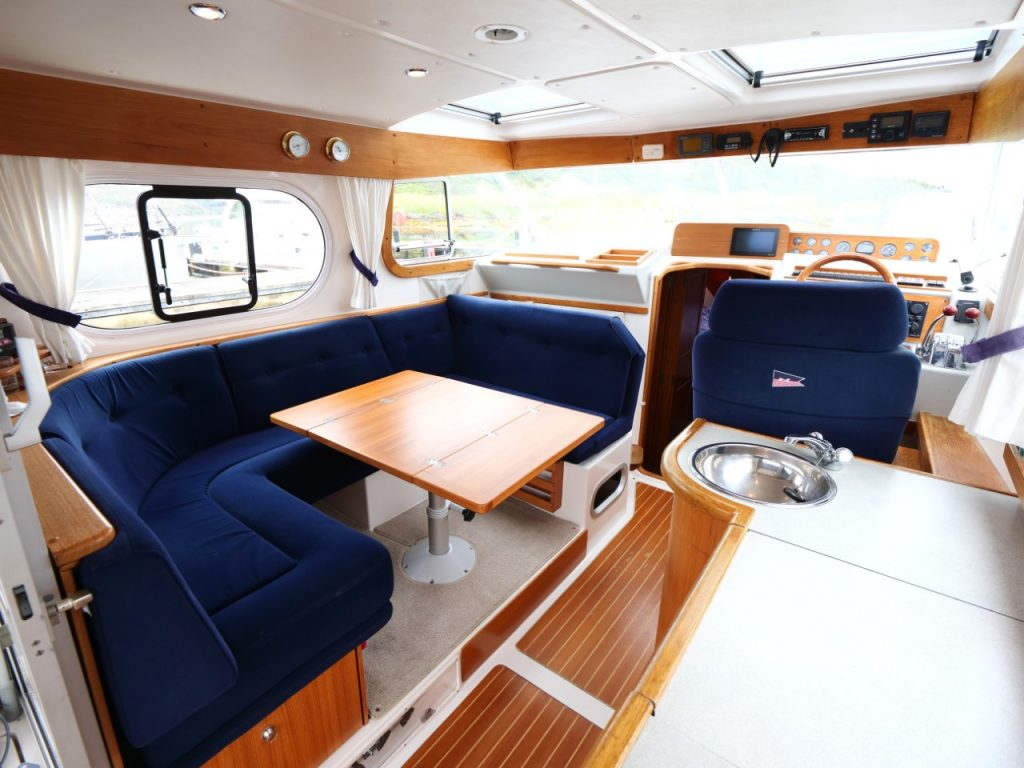 Nimbus 345 Coupe Wheelhouse