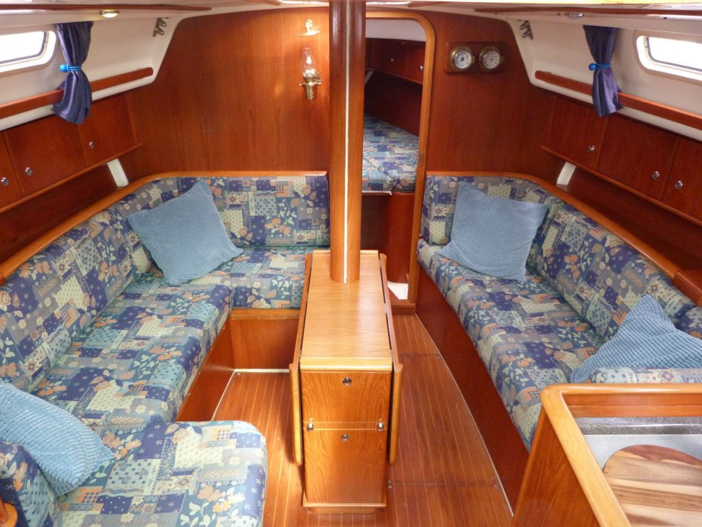 Moody 36 Below decks