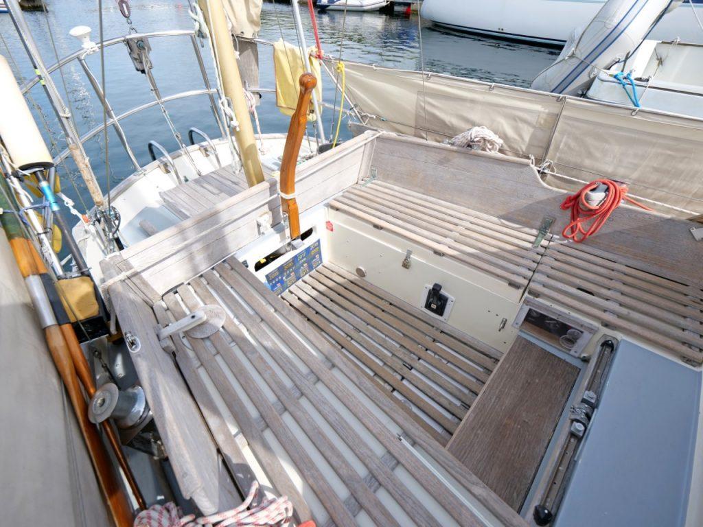 Nantucket Clipper Cockpit