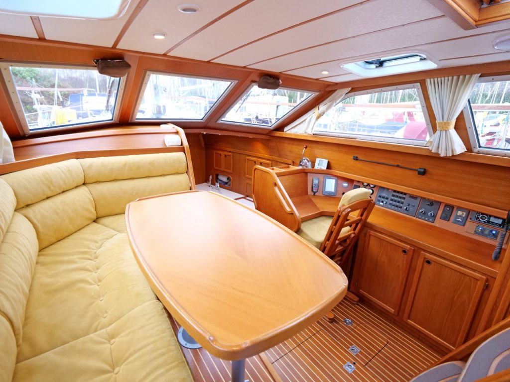 Nauticat 351 Pilothouse