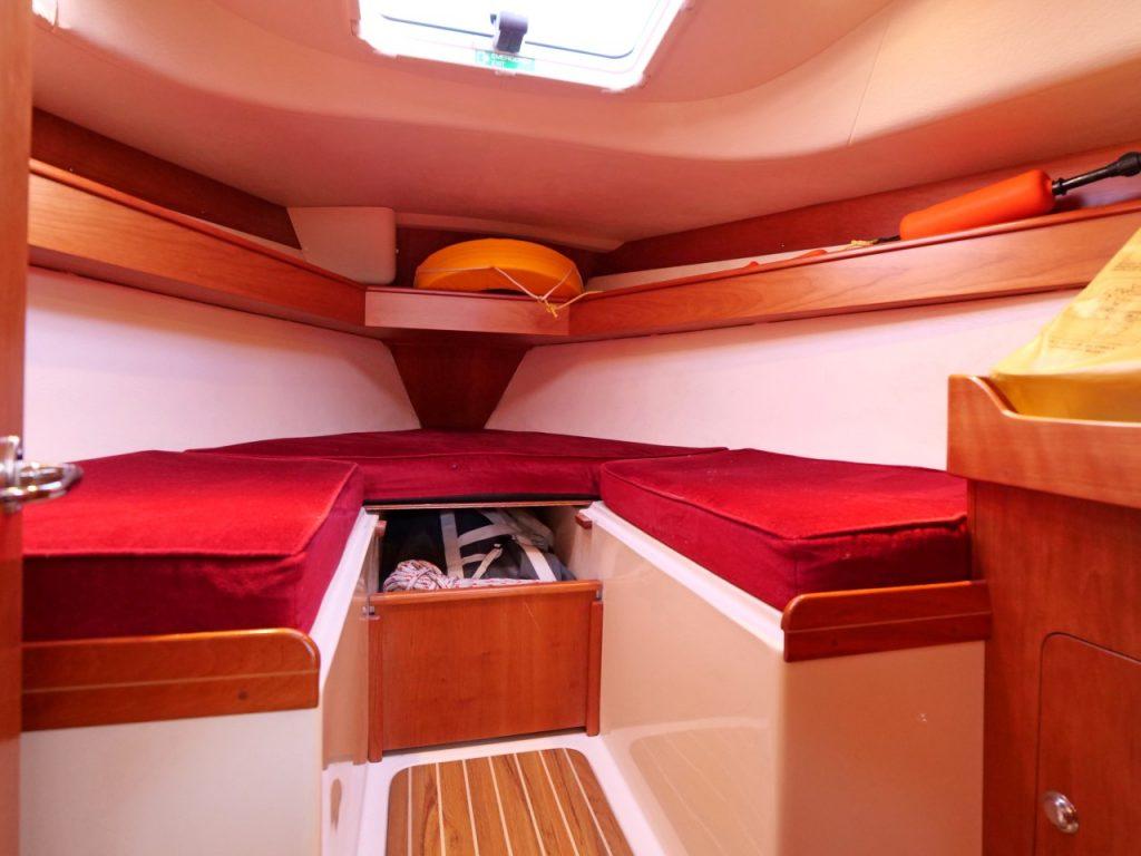 Starlight 35 forward cabin