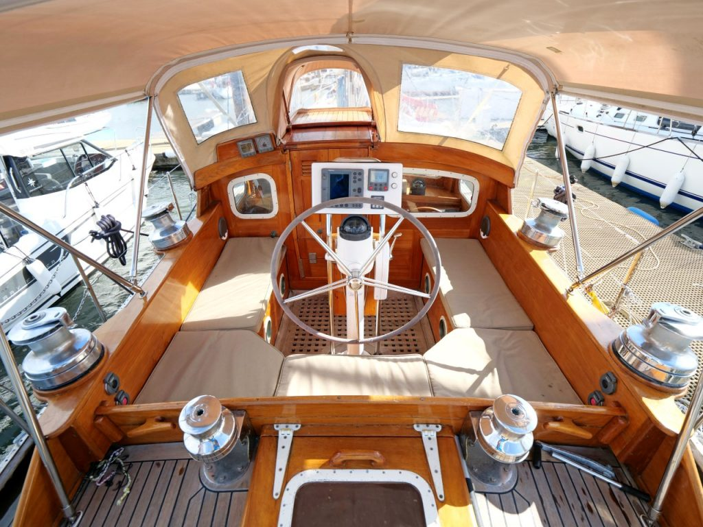 BUCEPHALUS Cockpit