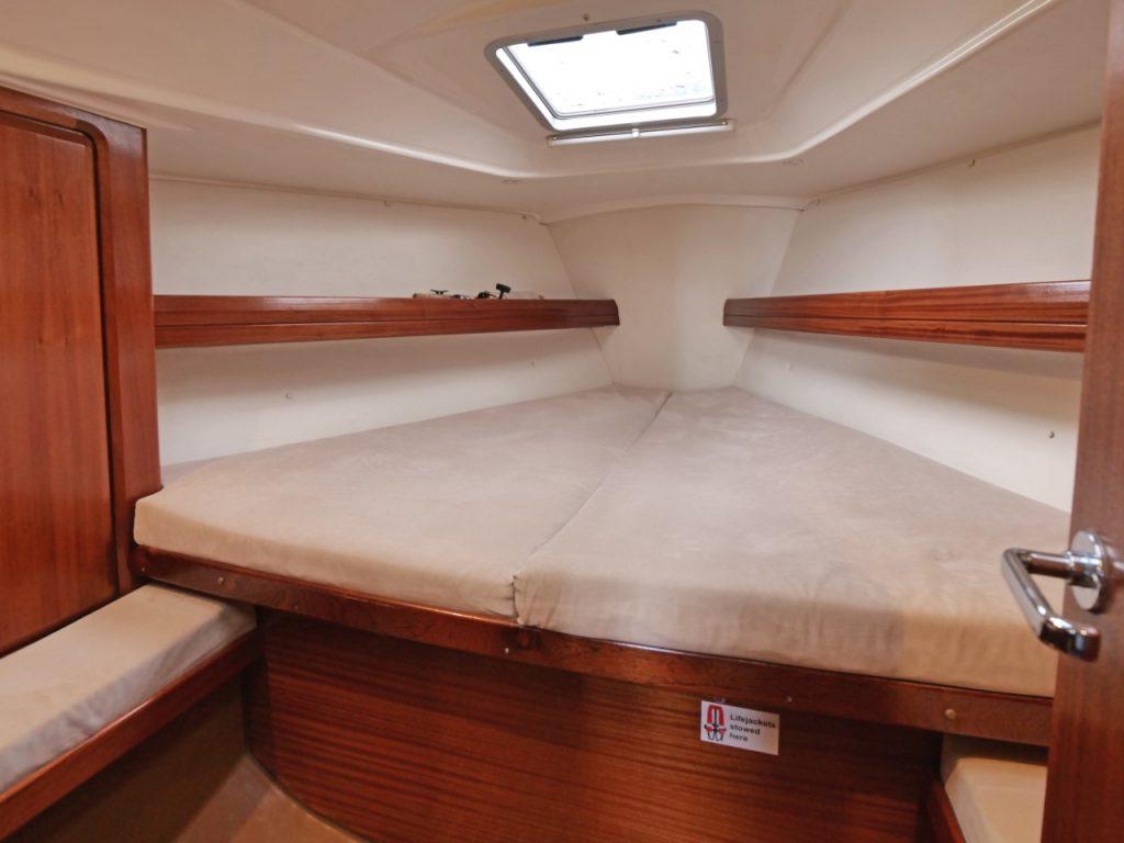 Bavaria 34 Forward Cabin
