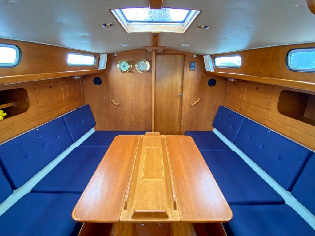 Rival 36 below decks