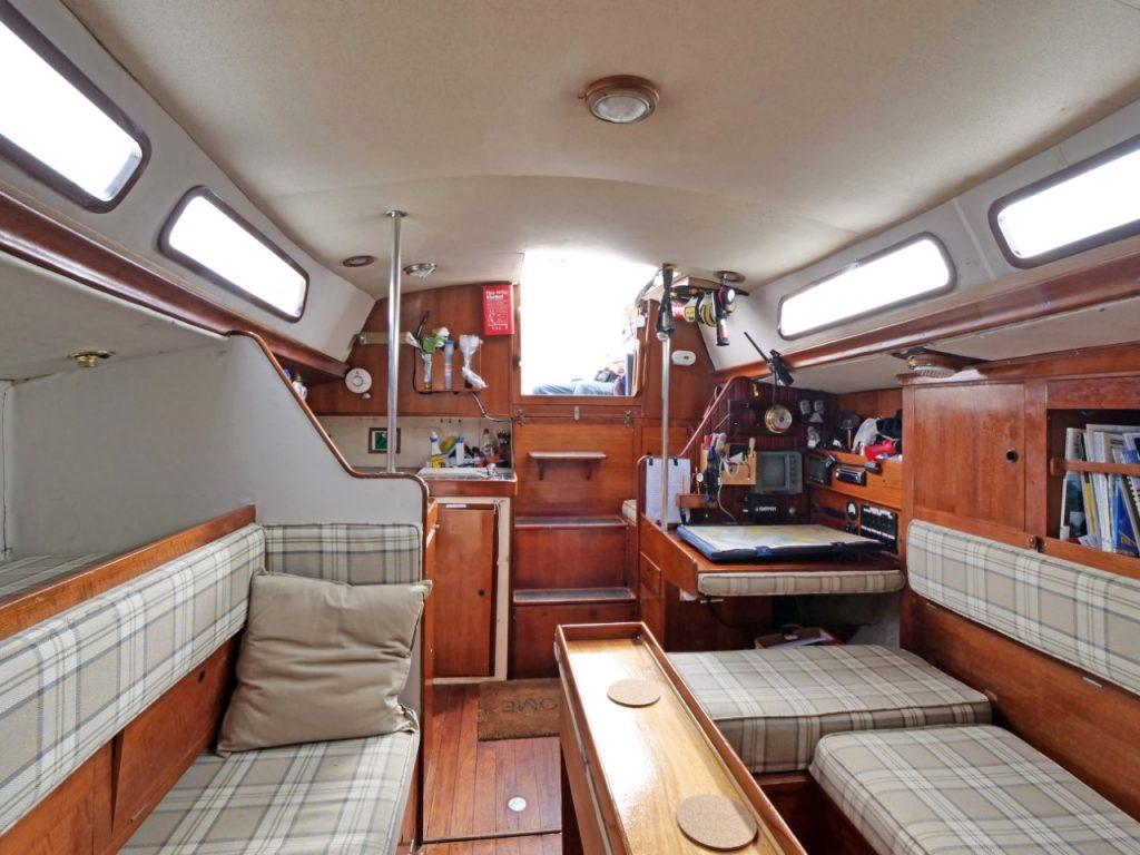 Nicholson 35 accommodation